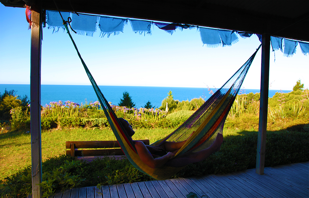 shambhala-retreat-and-guesthouse-yoga-yogi-summer-vacation-holiday-hostel-hotel-resort-accommodation-goldenbay-tasman-newzealand-southisland-cheap-affordable-budget-privatebeach-best-top-view-panorama-panoramic-ocean-beachfront-sea